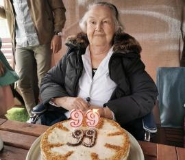 99 лет – сестре Зине